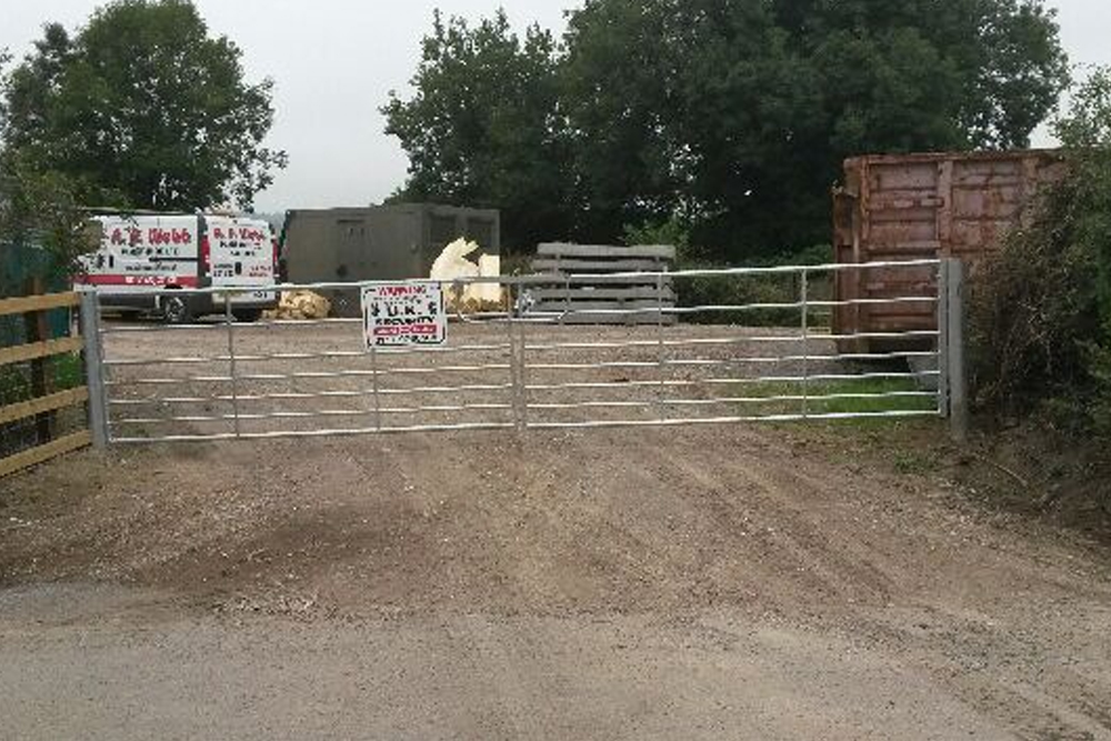 lorry-access-installation-of-6-metre-gates-2
